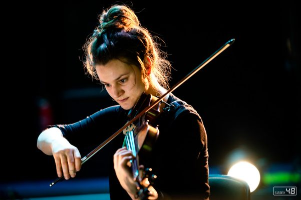 Julia Brüssel - André O. Möller with the Ensemble Just Systemrelevant - Moers Festival 2020
